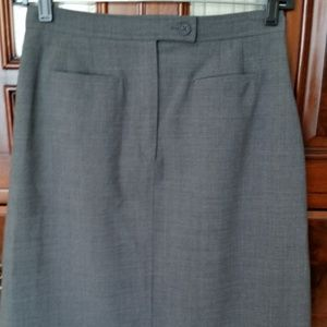 Harold's Gray Career Skirt Sz 4